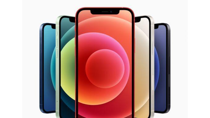 iphone 12 con todos los accesorios