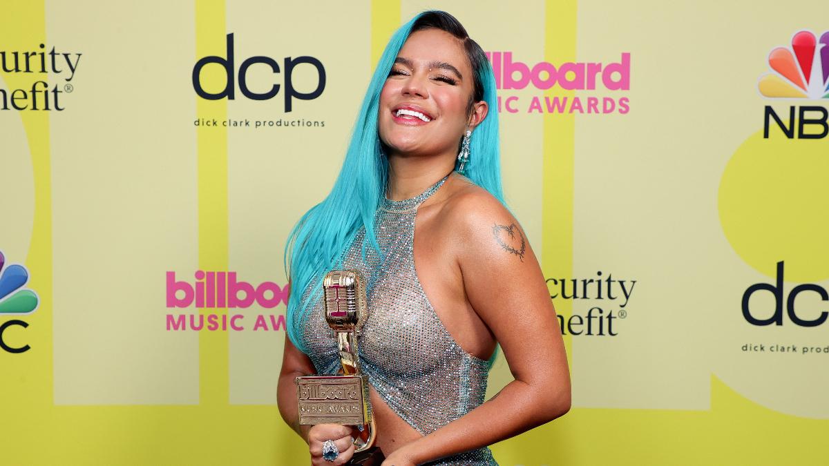 Karol G se llevó el premio a Mejor Artista Femenina Latina en los BBMAs